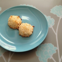 Lemon Coconut Macaroons | Butter and Sprinkles