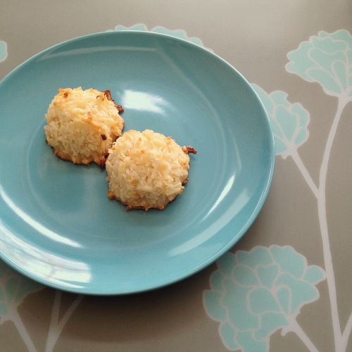 Lemon Coconut Macaroons | Butter and Sprinkles